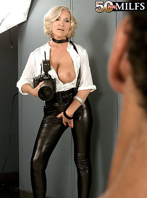Hot Moms Leather Porn Pictures
