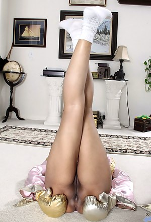 Hot Moms Socks Porn Pictures