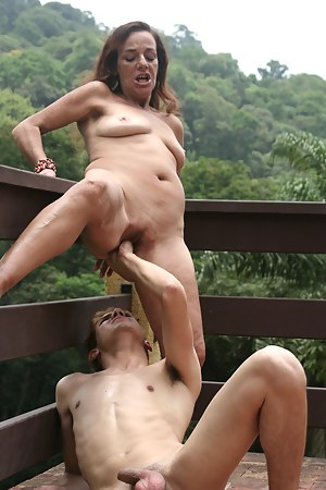 Hot Moms Painful Porn Pictures