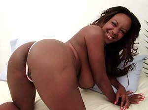 Hot Black Moms Porn Pictures